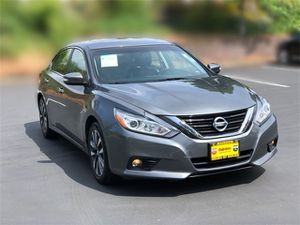 2017 Nissan Altima for Sale in Burien, WA
