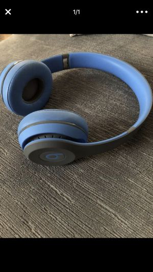 Beats solo wireless with cords for Sale in Riverview, FL