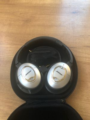 Bose QuietControl 15 Noise Canceling Headphones for Sale in Los Angeles, CA
