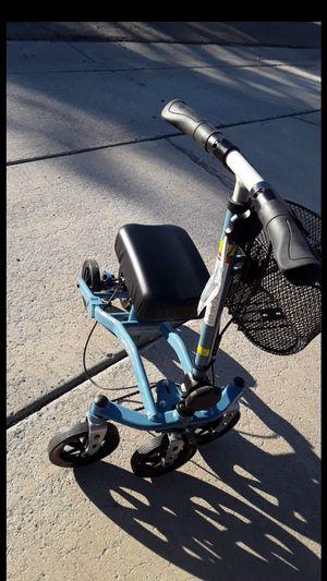 Swivelmate kneescooter for Sale in Glendale, AZ