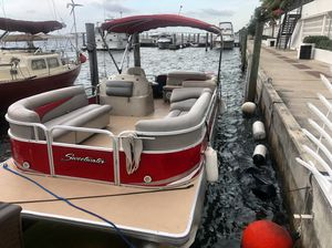 Boat for sale / pontoon boat for Sale in Miami, FL