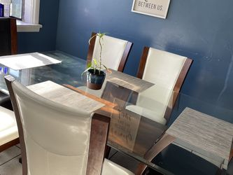 Dinning Table for Sale in Roy,  WA
