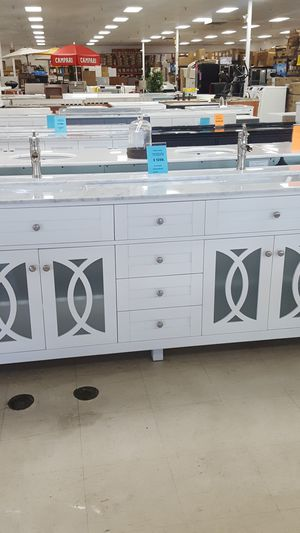 Solid wood vanity for Sale in Orlando, FL