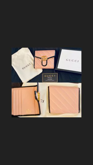 Gucci wallet for Sale in Garden Grove, CA