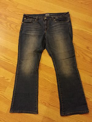 Levi's strauss boot cut jeans size 18 short for Sale in Millstone, NJ
