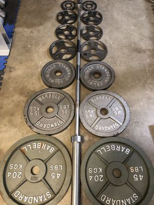 Olympic weight set 300 lbs for Sale in Kent, WA