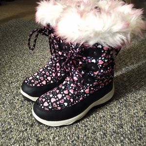 Girls Snow Boots Size 13 for Sale in Monterey Park, CA