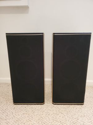 Vintage Marantz 4-way Speakers for Sale in Chevy Chase, MD