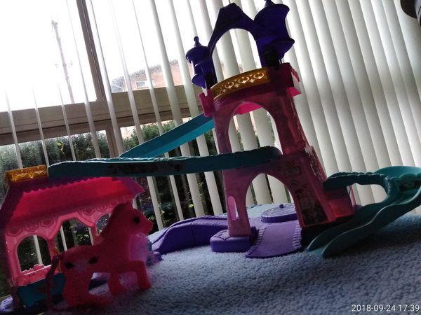 Kids Horse Castle Toy
