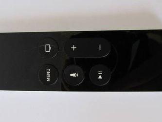 Genuine Apple TV 4th Generation Remote Control EMC2677 A1513 for Sale in Los Angeles,  CA