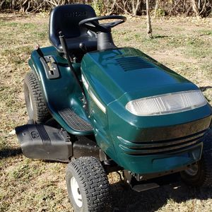 "Craftsman 42"" 15.5hp Lawn Tractor Riding Mower for Sale in Fort Worth, TX"