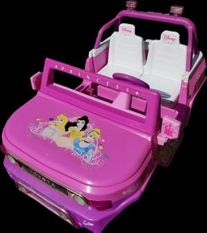 Disney Princess electric jeep and charger for Sale in Fort Lauderdale, FL