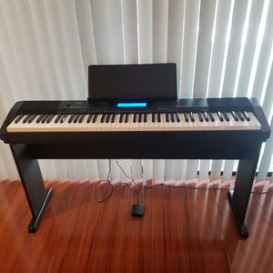 CASIO 88 WEIGHTED KEYS DIGITAL PIANO W/STAND, SUSTAIN PEDAL & MUSIC HOLDER for Sale in Fort Lauderdale, FL