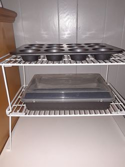 Bakeware Muffin & Cake Pan for Sale in Countryside,  IL