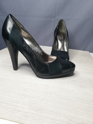 """Alfani """"Paulette"""" Suede and leather patchwork pumps for Sale in Lodi, CA"""
