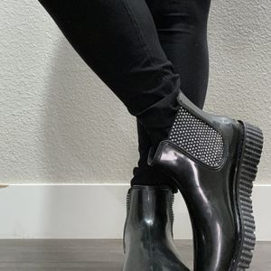Michael Kors Rain boot for Sale in Lake Oswego, OR