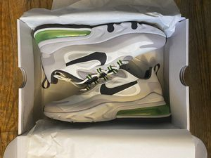 Nike React 270 Size 9 DS for Sale in Columbus, OH