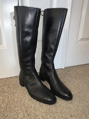 Franco Sarto Boots size 8.5 for Sale in Anaheim, CA