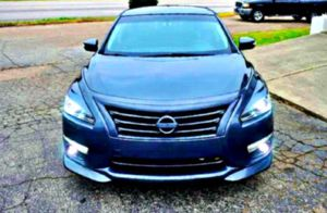 Clean_Altima Nissan 2013 for Sale in Muskegon, MI