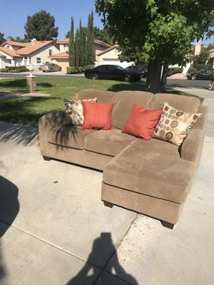 L Shaped Couch Need Gone!!! for Sale in Norco, CA