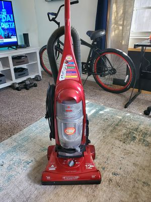 Vacuum Cleaner - Bissell for Sale in Cocoa Beach, FL