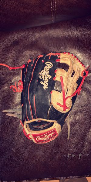 Bryce Harper Heart of the Hide Rawlings Glove for Sale in Los Angeles, CA
