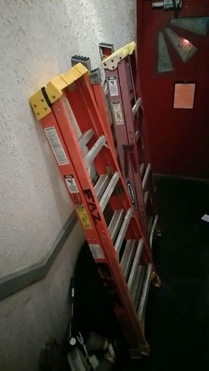 6 Ft Ladders for Sale in Chicago, IL