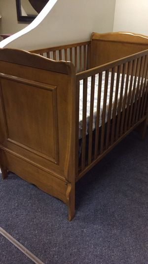 Baby Crib for Sale in Westville, NJ
