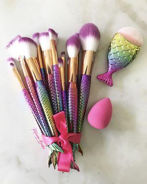 New mermaid set!! 16 brushes 💕🧜♀️💜 for Sale in Las Vegas, NV