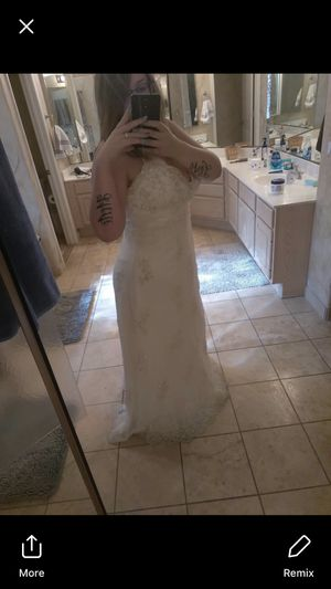 Ivory wedding dress for Sale in Fort McDowell, AZ