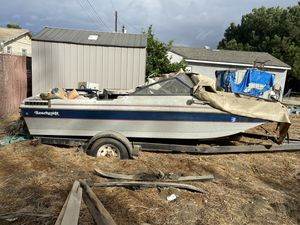Beach raft boat for Sale in Bellflower, CA