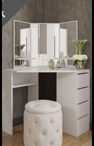 Makeup make up vanity table with mirror Luxury Contemporary design furniture made in Europe for Sale in Miramar, FL