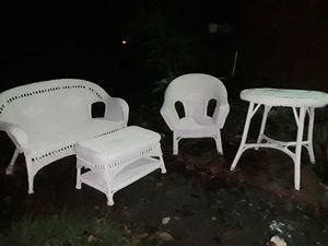 Wicker patio furniture set for Sale in Vestavia Hills, AL