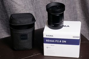 Sigma 60mm F2.8 EX DN Art (Black) for Sale in Silver Spring, MD