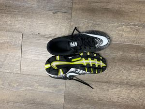 Nike Football Cleats Size 5.5 for Sale in Hayward, CA