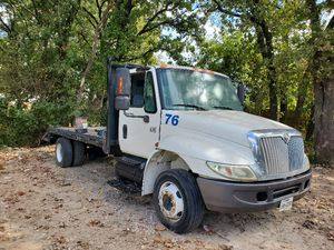 International 2005 flatbed for Sale in Lewisville, TX