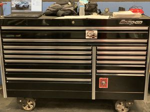 Snap On tool box Epiq 68 for Sale in Menifee, CA