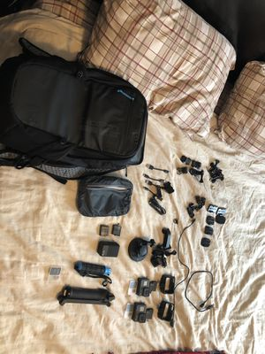 GoPro 6 black (2) and accessories for Sale in UPPER ARLNGTN, OH