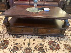 Living room table set for Sale in Riverton, NJ