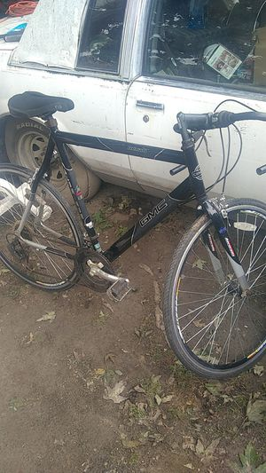 "Deneli 28""road bike,has Vitesse wheels,21 speeds,black paint,ready to use! for Sale in Saint CLR SHORES, MI"