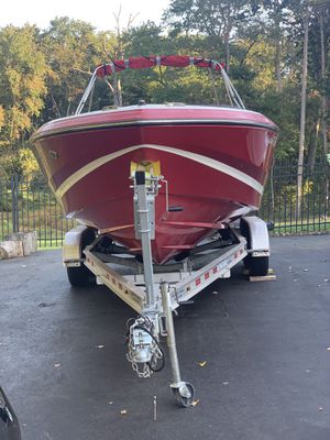 BEAUTIFUL 2008 REGAL 2200 RS BOAT FOR SALE for Sale in Manalapan Township, NJ