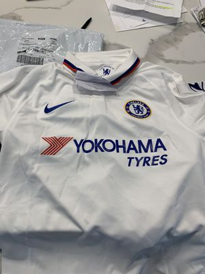 Original Chelsea FC kit Medium for Sale in Hialeah, FL