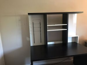 Desk with Hutch for Sale in Carlsbad, CA