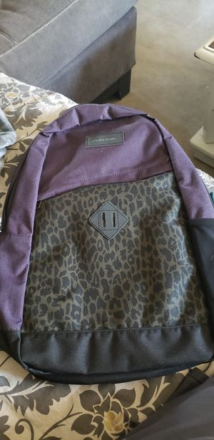 NEW Dakine backpack purple leopard for Sale in Tempe, AZ