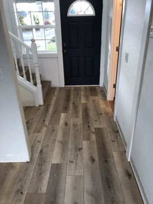 """Laminate flooring 3/8"""" thick pad attached for Sale in Battle Ground, WA"""