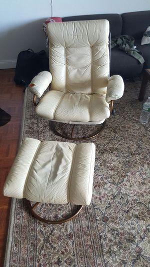 Vintage leather reclining and swiveling chair for Sale in Boston, MA