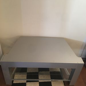 40 inch TV stand - 2 Glass Shelves for Sale in Germantown, MD