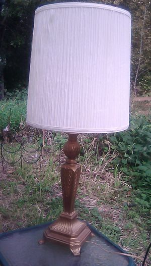 Beautiful Vintage Copper-Gold Lamp w-shade for Sale in Everett, WA