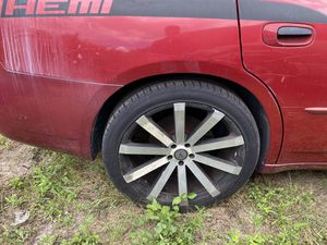 """22"""" VELOCITY RIMS AND TIRES 5x114.3 $500 CASH for Sale in Orlando, FL"""
