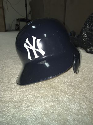Perfect Condition Authentic Yankees Helmet for Sale in Ashburn, VA